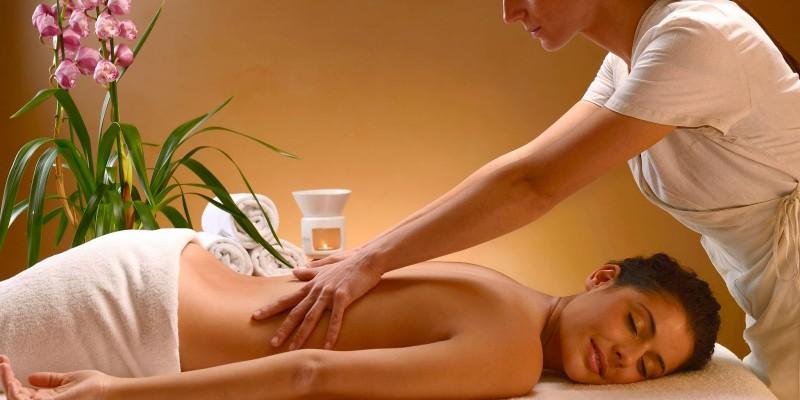 30 minuti di massaggi Hotel Majorca di Riccione