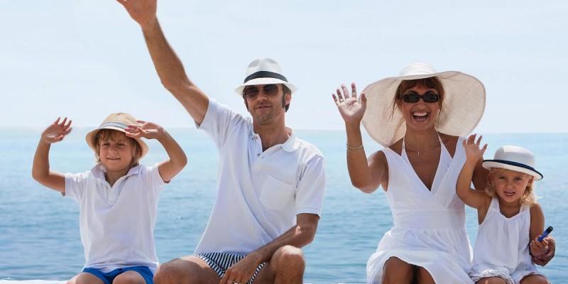 famiglia spiaggia Hotel Majorca 3 stelle di Riccione